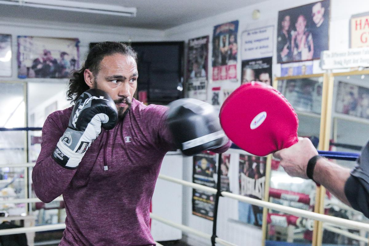 Keith Thurman is back, faces Josesito Lopez this Saturday in Brooklyn