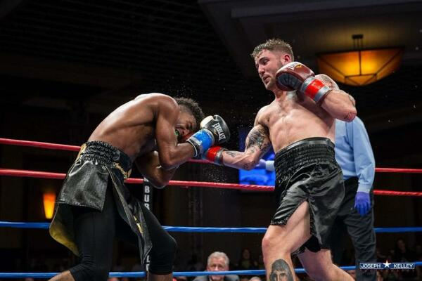 Jr. middleweight Greg Vendetti to face Manny Woods in hometown area event