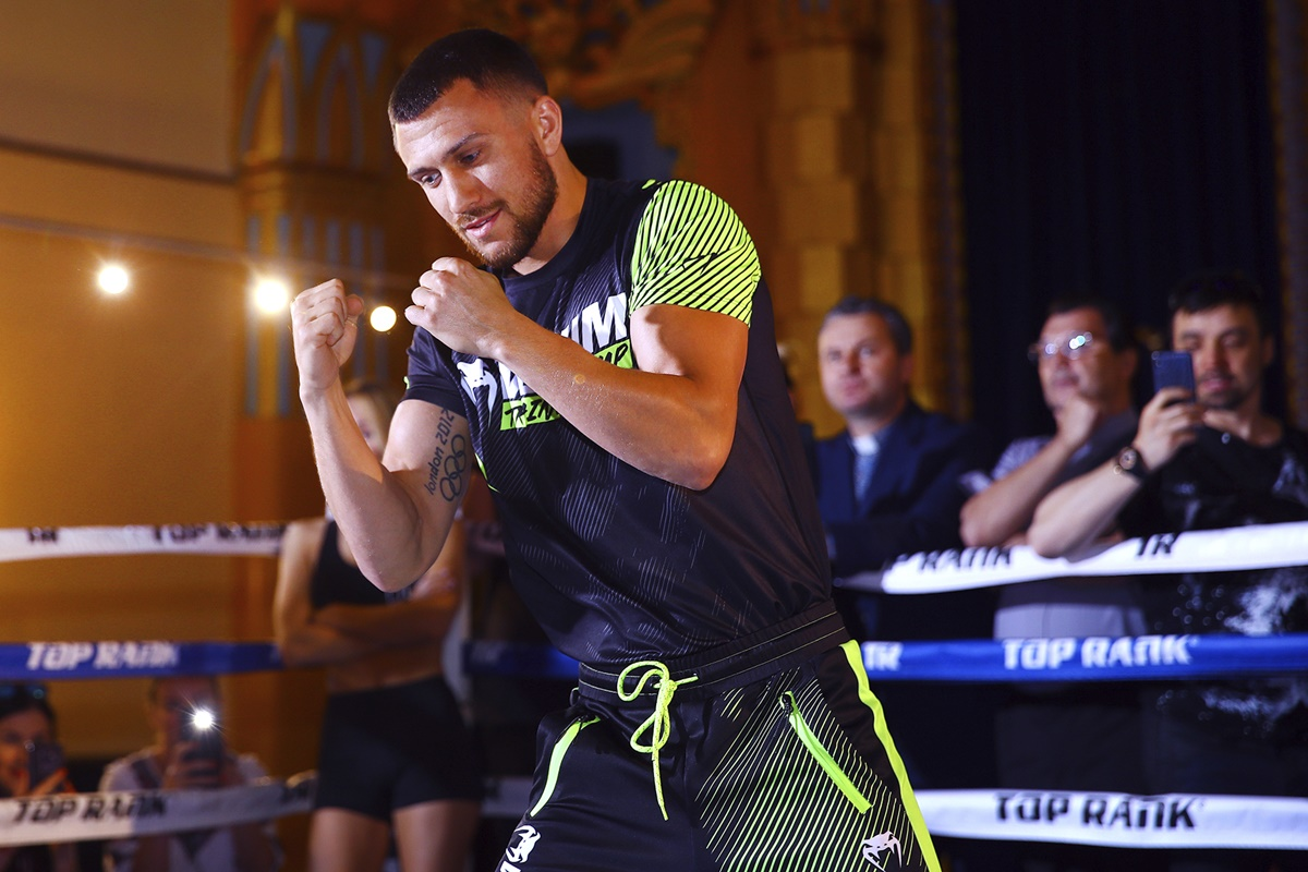 Vasiliy Lomachenko defends titles at Staples