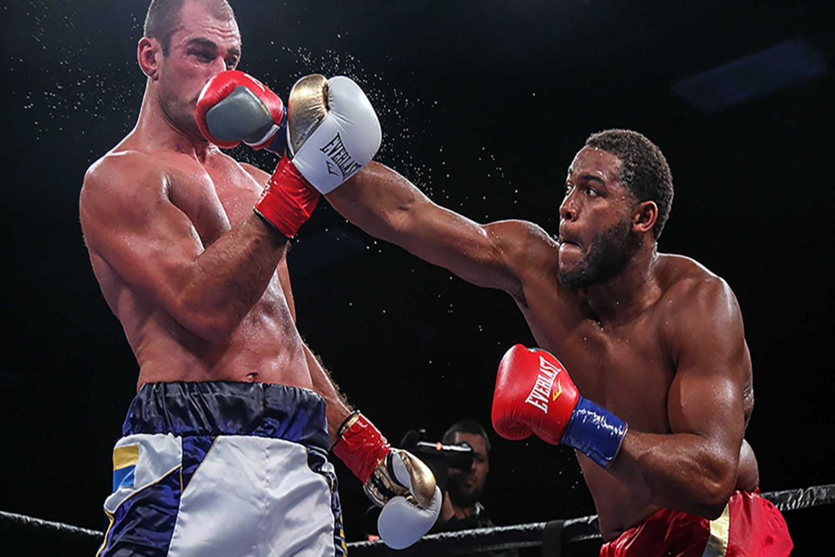Michael Hunter Signs Promotional Deal With Matchroom Boxing USA