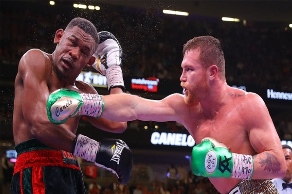 Crisper Canelo Alvarez outworks Danny Jacobs to unify titles