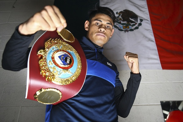 Emanuel Navarrete: Dealing with Covid19, recovering from a hand injury and hoping to fight Naoya Inoue