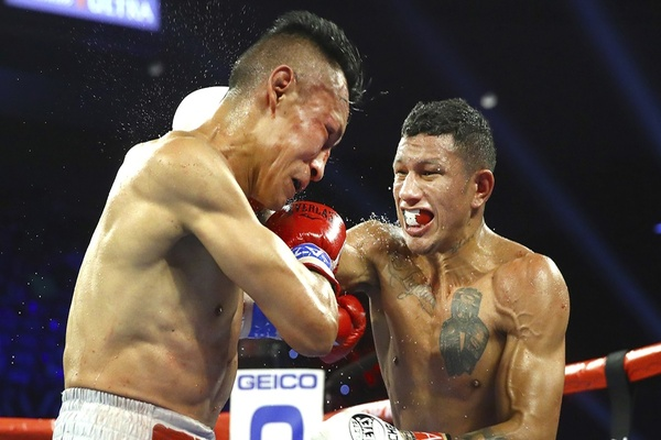 Miguel Berchelt stops Francisco Vargas in rematch