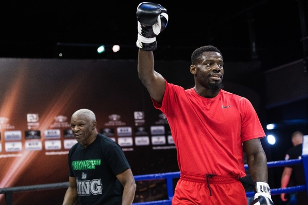 Floyd Mayweather Sr. picks Andrew Tabiti to win World Boxing Super Series