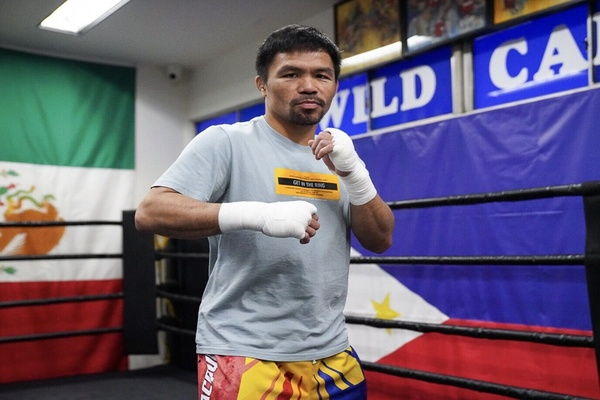 Manny Pacquiao looks to defy time, logic and Keith Thurman on July 20