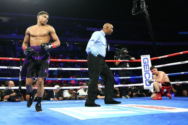 Shakur Stevenson scores KO win in Brick City Bout