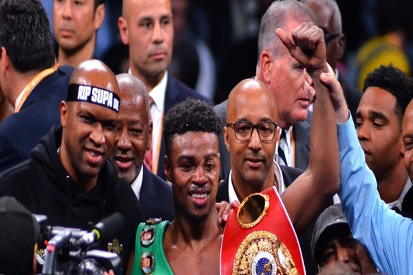 Errol Spence Jr. unifies welterweight division, Shawn Porter steals the show