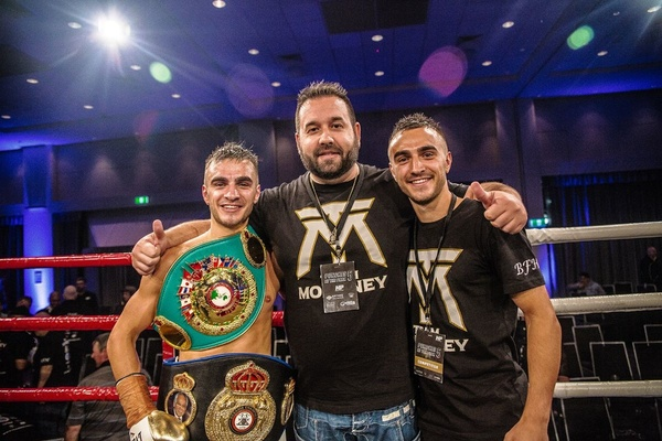 Andrew and Jason Moloney return to the ring as they await world title shots