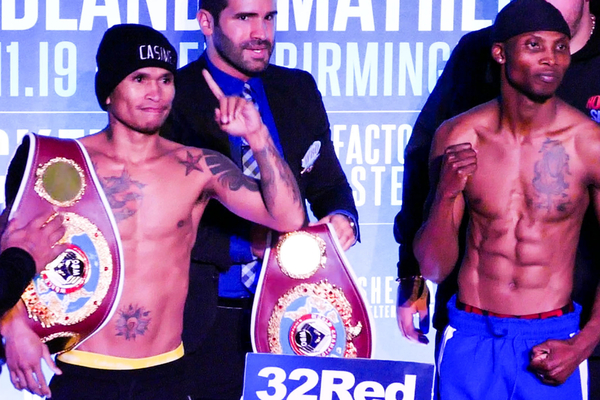 John Riel Casimero shocks Zolani Tete, wins WBO bantamweight world title