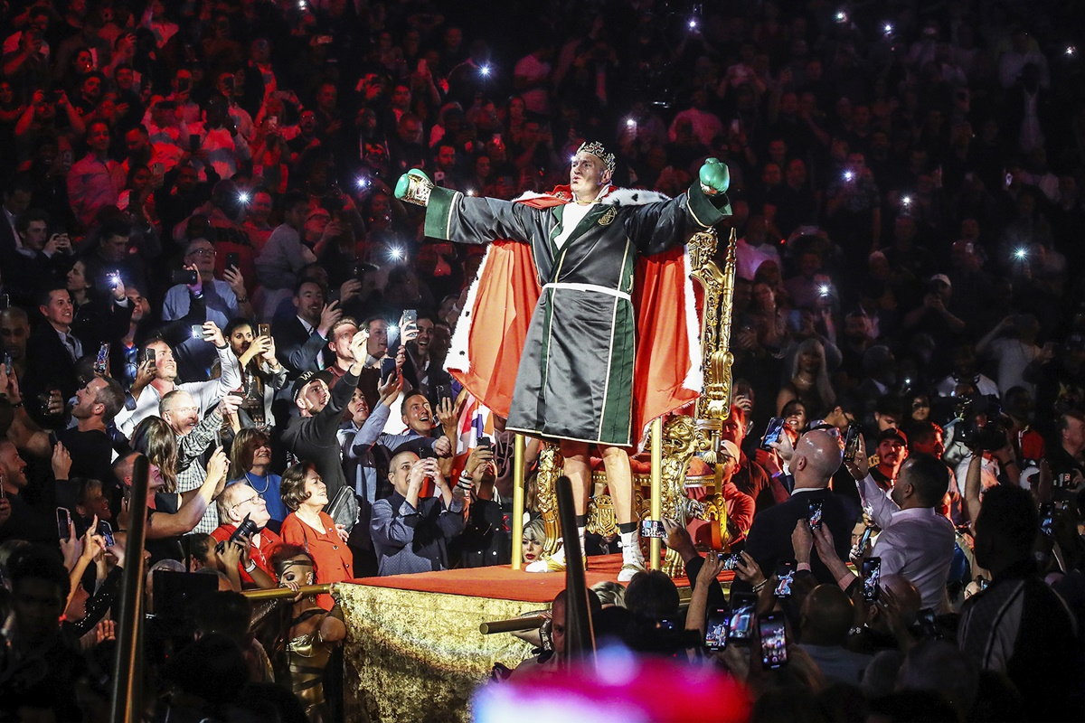 Tyson Fury is the king of the heavyweights