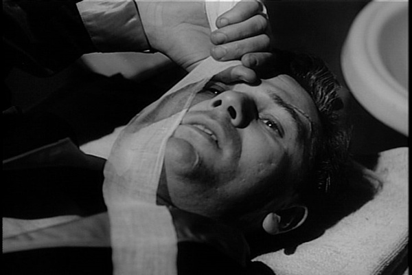 Film review: John Garfield delivers a knockout in 'Body and Soul'