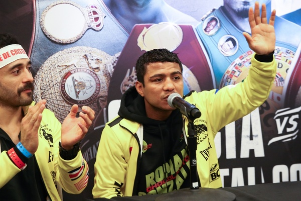 The champ is back: Roman 'Chocolatito' Gonzalez on top again
