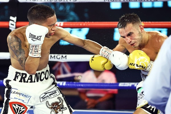 Joshua Franco upsets Andrew Moloney, captures WBA super flyweight title