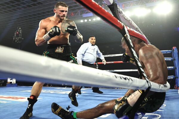 Joe Smith Jr. takes out Eleider Alvarez
