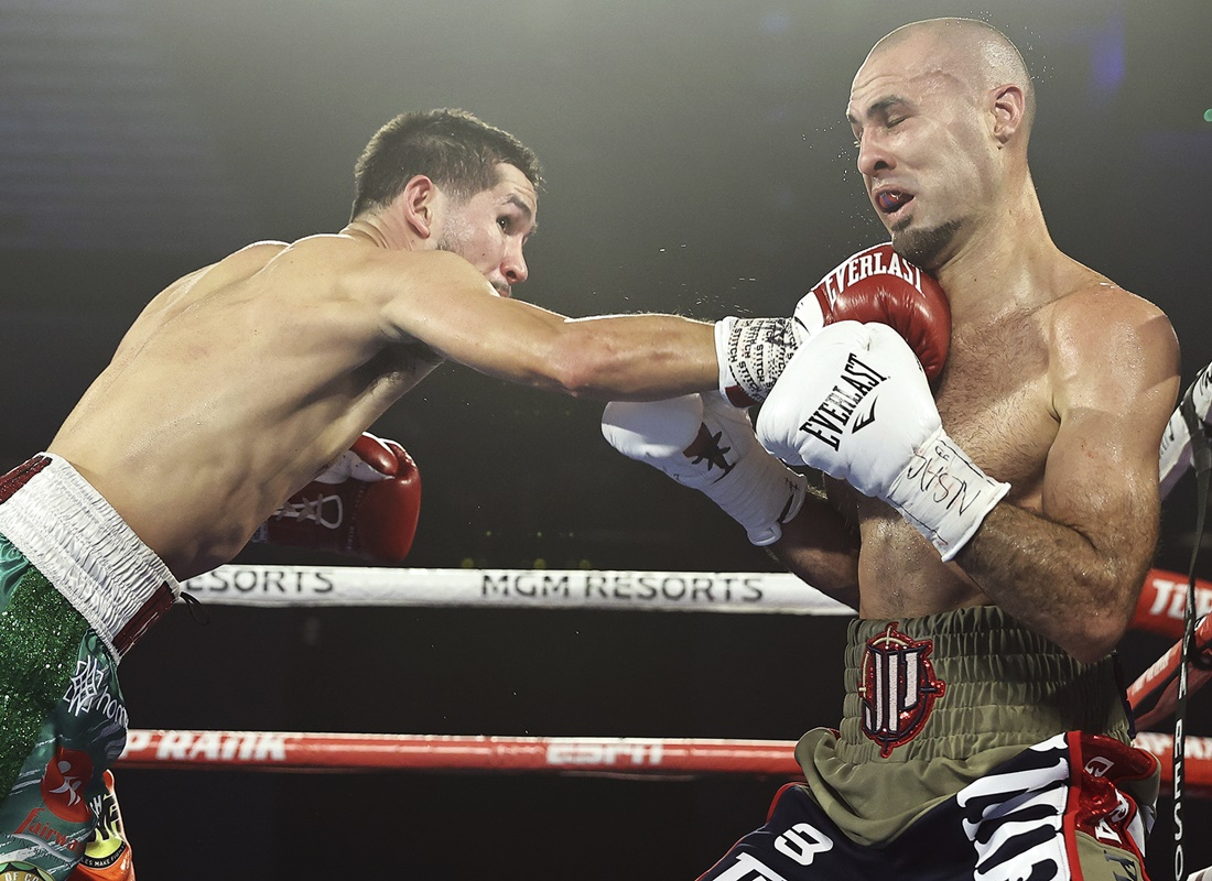 Pedraza wins Photo by Mikey Williams