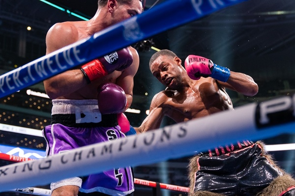 Errol Spence Jr. defeats Danny Garcia in welterweight title fight