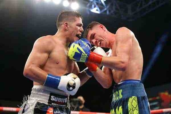 Brian Castano dominates Patrick Teixeira to win WBO junior middleweight title