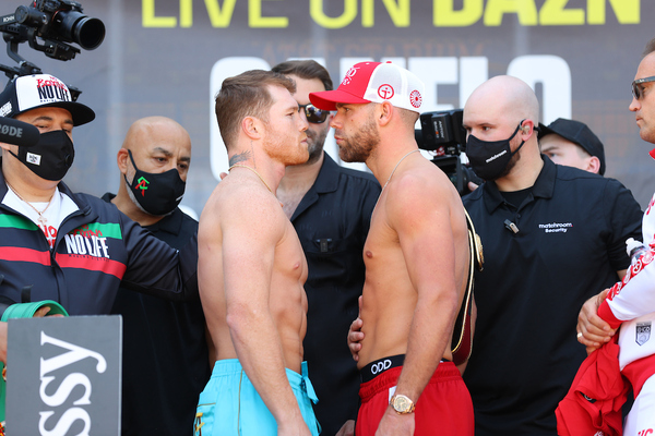 Canelo Alvarez and Billy Joe Saunders weigh-in